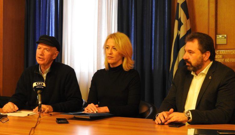 Υπογράφτηκε το πρωτόκολλο συνεργασίας για τους ελέγχους των τροφίμων μεταξύ ΥΠΑΑΤ, ΕΦΕΤ και Περιφέρειας Αττικής