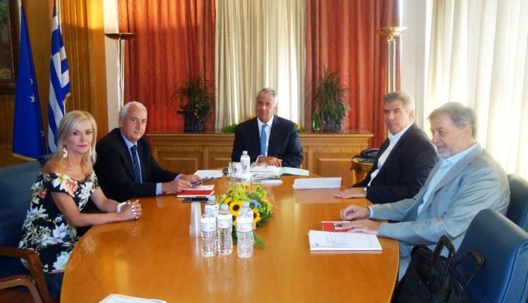 Συνάντηση ΥπΑΑΤ με ΣΕΒΕΚ: Οι έλεγχοι του ΕΦΕΤ θα πατάξουν φαινόμενα αθέμιτου ανταγωνισμού