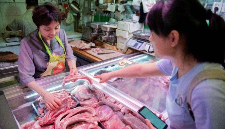 Ετήσια αύξηση κατά 76% κατέγραψαν τον Αύγουστο οι εισαγωγές χοιρινού κρέατος στην Κίνα