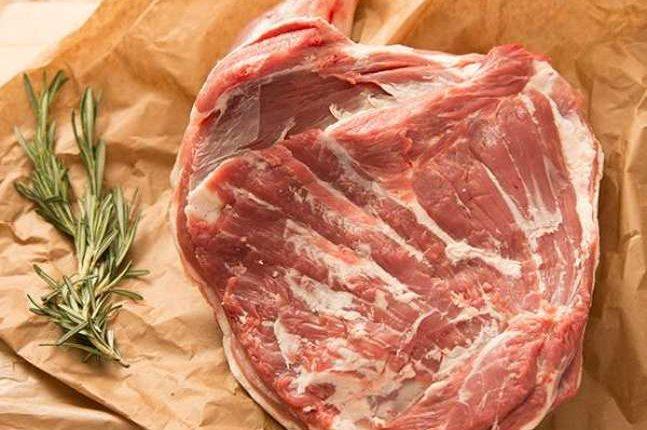 H αγορά κρέατος κατά τη διάρκεια του φετινού Πάσχα