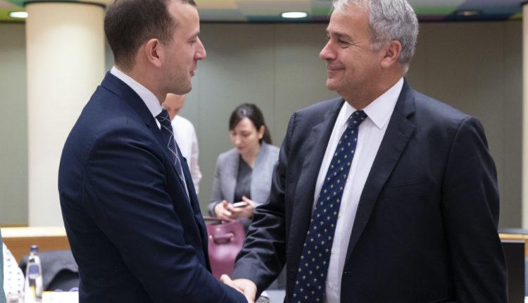 Κομισιόν: Αποδοχή των ενστάσεων του ΥπΑΑΤ, Μ. Βορίδη για την ομαλή διακίνηση αγαθών εντός της ΕΕ