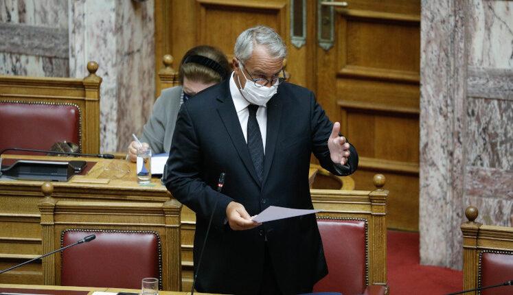 Μ. Βορίδης: «Οι αιγοπροβατοτρόφοι ενισχύονται με 30.155.000 ευρώ»
