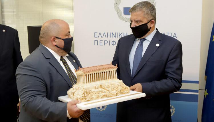 Υπεγράφη Σύμφωνο Συνεργασίας μεταξύ της Περιφέρειας Αττικής και της Λέσχης Αρχιμαγείρων Αττικής-ΑΚΡΟΠΟΛΙΣ